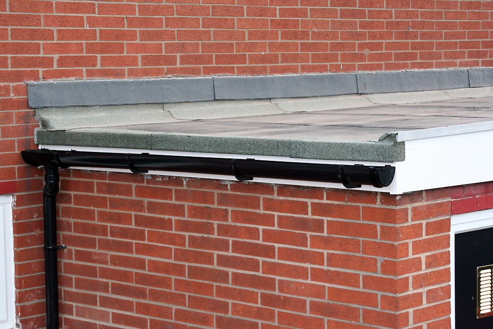 A LITTLE KNOWLEDGE - FLAT ROOF DRAINING | Urban Studies - Become a